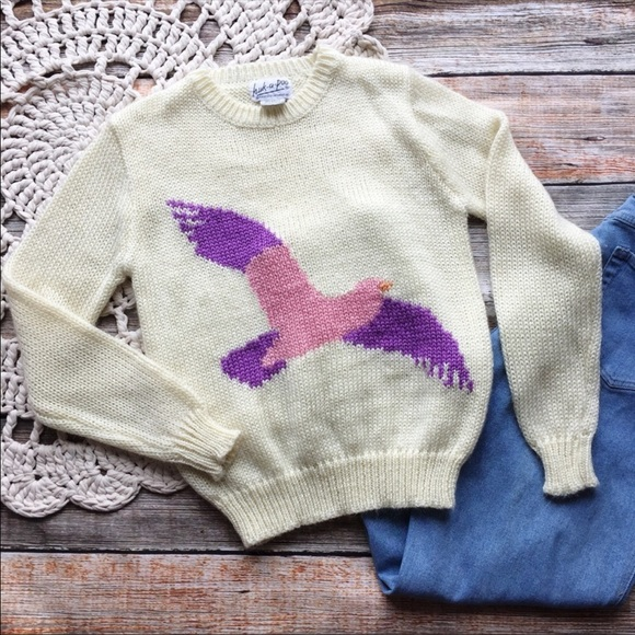 Vintage Sweaters - VTG 1980's Huk-A-Poo Intarsia Knit Bird Sweater